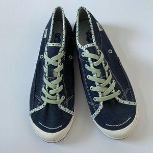 Simple Polka Dot Trim Sneaker Size 10